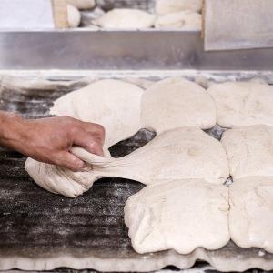 façonnage pain à la main